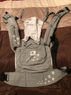 ERGO baby carrier. Available for Sale in Everett, WA