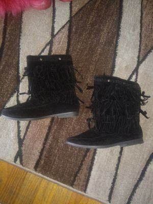 Size 7 women boots $10 for Sale in Baltimore, MD