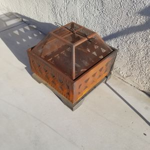 Fire pit free pick up only for Sale in Pico Rivera, CA