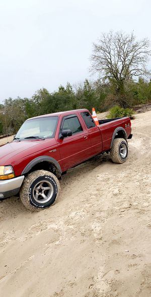 Ford ranger 4x4 5 speed for Sale in Spring Hill, FL