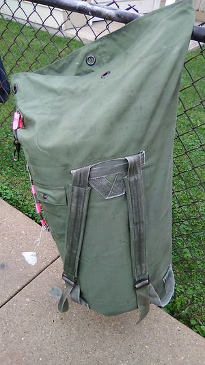 army Duffle bag for Sale in Cicero, IL