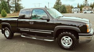 2003 Chevy Silverado in Very Good Condition for Sale in Chicago, IL
