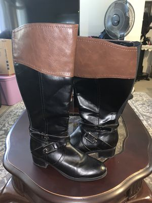 LIKE NEW UNISA knee high boots (brown/black) for Sale in San Jose, CA