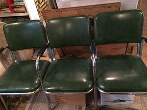 MCM green vinyl/chrome bench seat for Sale in Grosse Pointe Park, MI