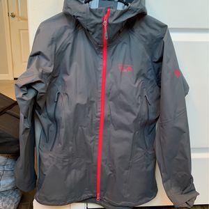Mountain Hardware Women's Jacket Medium for Sale in Orting, WA