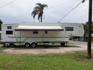 RV Four Winds 35' for Sale in Kissimmee, FL