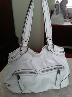 NEW B. MAKOWSKY LEATHER HANDBAG EXTRA LARGE for Sale in Tarpon Springs, FL