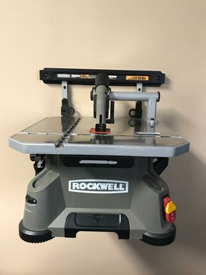Blade runner portable table top saw with wall mount and owners manual with DVD for Sale in Forked River, NJ