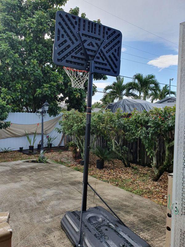 Portable Basketball Hoop