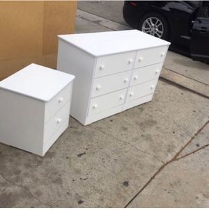 White 6 drawer dresser with nightstand $200 for Sale in Los Angeles, CA
