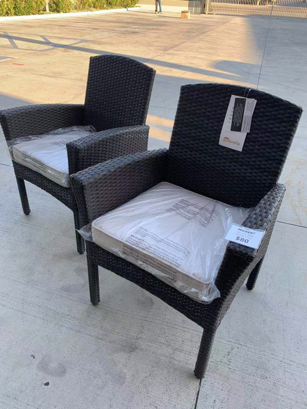 New in box SET OF 2 Mission Hills Santa Fe Dining Brown Chair Outdoor Wicker Patio Furniture With Tan Sunbrella material Cushion $400 at Costco seat