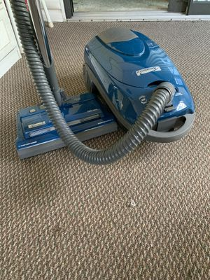 Kenmore canister vacuum for Sale in Stuart, FL