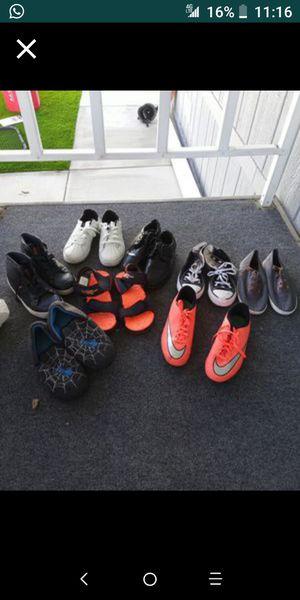 8 pares de zapatos para niño for Sale in Fullerton, CA