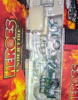 2004 Corgi Heroes Under Fire Line : Mack CF Tower Ladder : Green Tree, PA NIB for Sale in Sumner,  WA