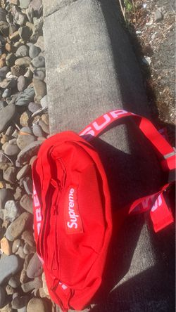 Supreme bag for Sale in Beaverton,  OR