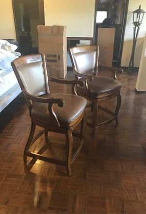 Wood and leather swivel bar stools for Sale in Los Altos Hills, CA