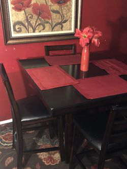 Counter Height Table W/4 Chairs for Sale in Raleigh,  NC