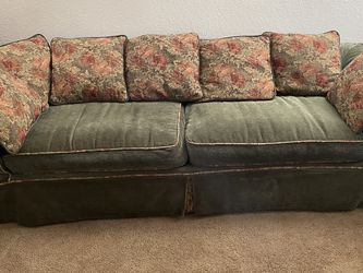 Couch And Loveseat for Sale in Gresham,  OR