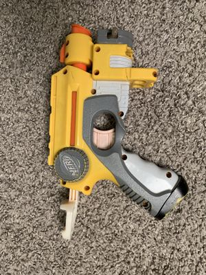 Nerf gun 1 shot with a laser scope for Sale in Dallas, TX