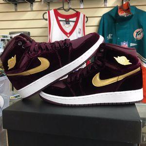 Jordan velvet 1 for Sale in Hialeah, FL