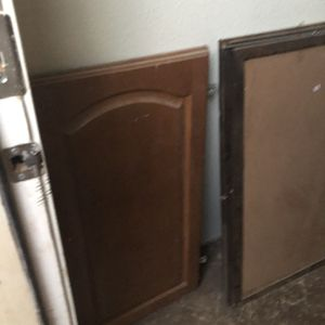 Free Cabinets for Sale in Mesa, AZ
