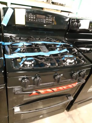 GE DOUBLE OVEN GAS STOVE 5 BURNERS WORKING PERFECTLY 4 MONTHS WARRANTY for Sale in Baltimore, MD