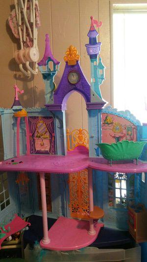 Disney Princess Castle and 14 princesses for Sale in Avon Park, FL