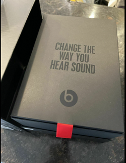 Beats Studio 3-brand new condition-authentic for Sale in Grand Prairie,  TX