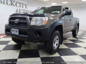 2010 Toyota Tacoma TRD 4x4 5 Speed Manual Pickup for Sale in Paterson, NJ