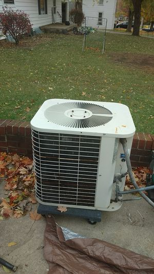 Outside air condition unit for Sale in Rushsylvania, OH