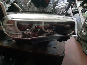 BMW X5 right headlight 2015-2018 for Sale in Wilmington, CA