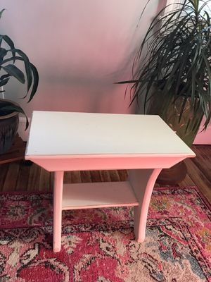 Small table for Sale in Penndel, PA