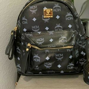 Black Backpack for Sale in Windermere, FL