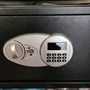 Amazon basic safe 1.2 Q.f for Sale in Everett, WA
