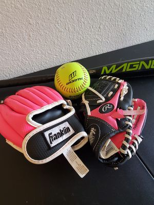 Girls softball equipment for Sale in San Diego, CA