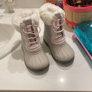 Little Girl Snow Boots for Sale in Ontario, CA