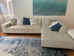 Couch sectional sofa off white for Sale in Miami, FL