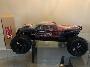 Redcat Shredder 1/6 Big RC Truck RTR Brushless 4WD Fast 50mph with 2 batteries & charger(Brand new) for Sale in Sterling Heights, MI