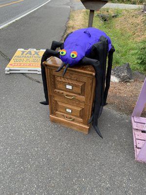 Large halloween decoration purple spider for Sale in Auburn, WA
