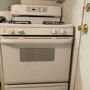 Gas Stove for Sale in Winter Haven, FL