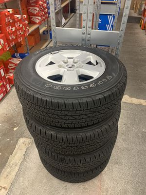 JEEP CHEROKEE WHEELS AND TIRES for Sale in Orlando, FL
