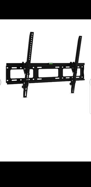 TV wall mount 40-70 inchv for Sale in Fontana, CA