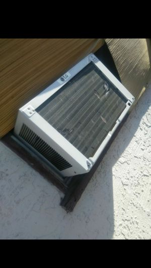 Lg air conditioner for Sale in Baldwin Park, CA