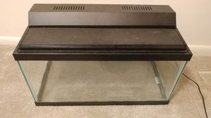 15 gallon glass aquarium WITH hood and light for Sale in Silver Spring, MD