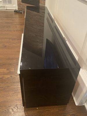 Stand tv . Up to 70 inch for Sale in Skokie, IL