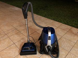 Sirena Vacuum Cleaner for Sale in Miami, FL