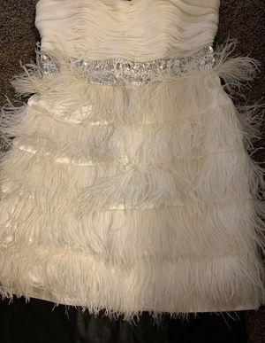 White feather dress for Sale in Warren, MI