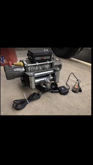 Winch with wireless remote hitch adapter Quick release for Sale in Glendale, AZ