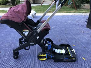 dooma car seat and stroller w/ base for Sale in Los Angeles, CA