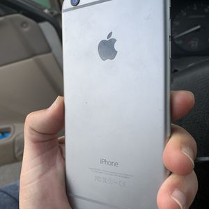 Like New Factory Unlocked iPhone 6 Plus 64GB Space Gray. for Sale in Portland, OR
